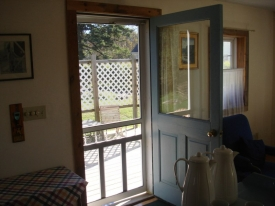 Guest House  Kitchen door to Deck.jpg
